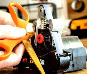 how to sharpen hair scissors